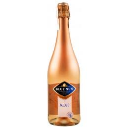 """Вино игристое """"Blue Nun..."""