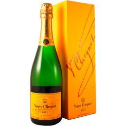 "Шампанское ""Veuve Clicquot..."